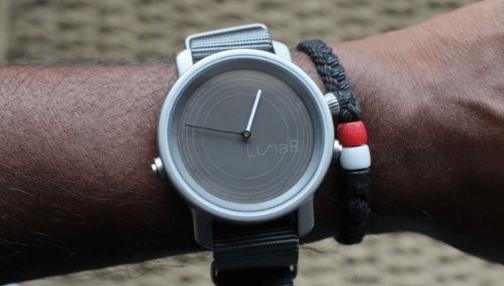 lunar太阳能智能手表